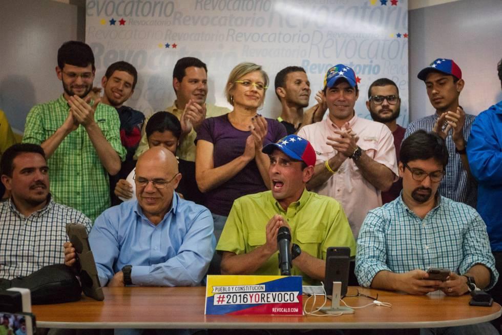 El opositor Capriles, en una rueda de prensa del viernes