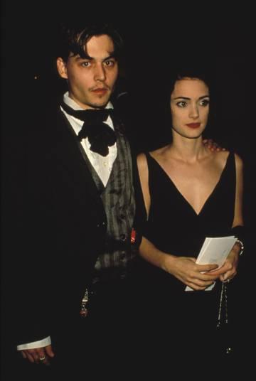 Johnny Depp y Winona Ryder, en 1990.