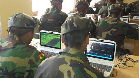 El ministro de Defensa, Reymi Ferreira explicó que en los cuarteles, paralelamente a la instrucción cívico-militar, los conscriptos podrán concluir el bachillerato y graduarse como técnicos medios en distintas áreas. Foto ABI