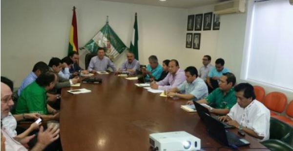 El encuentro interinstitucional se realiza en el Comité pro Santa Cruz