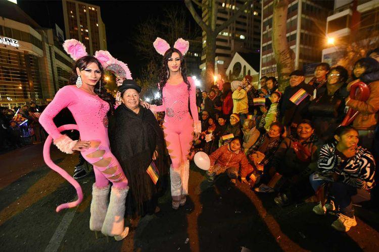 Así se desarrolló la marcha de las diversidades sexuales en La Paz. Foto: La Razón