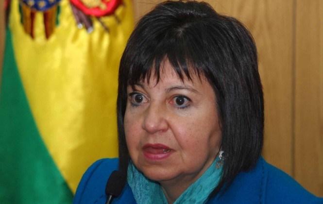 """Exministra Morales acusa a Marcos Iberkleid de crear empresas """"offshore"""""""
