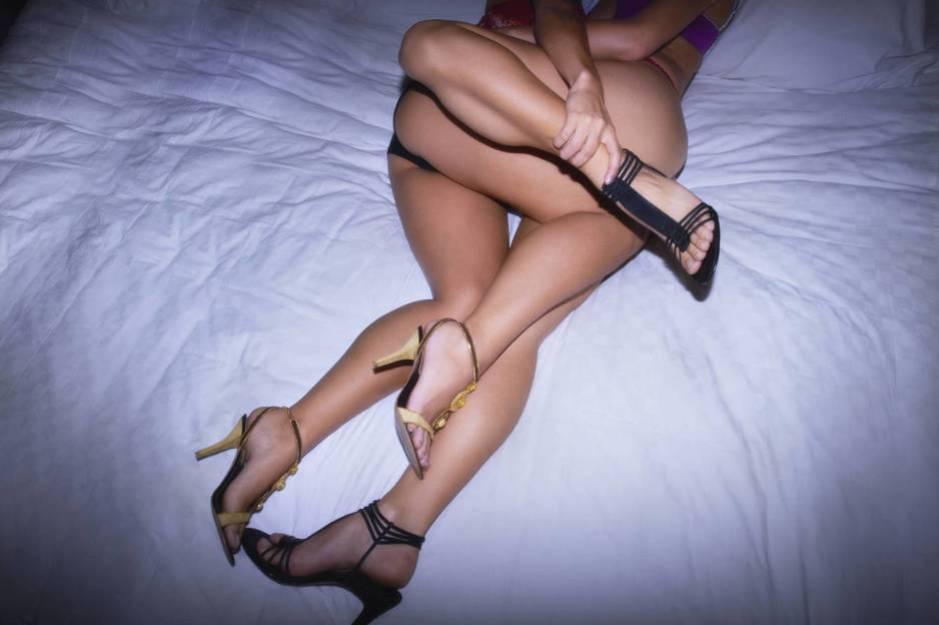 Mucho tacón y poco zapato de caballero. (Amyn Nasser/Corbis)