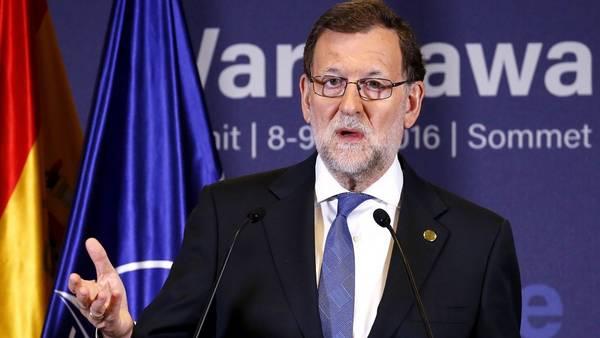En problemas. Mariano Rajoy recibió un duro golpe del socialismo. EFE