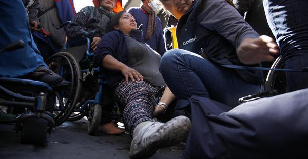 Represión a discapacitados en La Paz