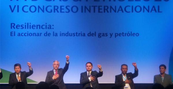 El vicepresidente Álvaro García Linera dio el inicio al VI Congreso Internacional que organiza la estatal petrolera