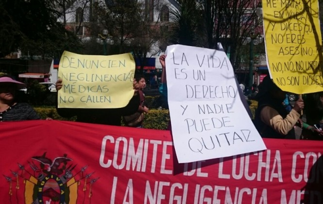 Ciudadanos denuncian negligencia médica e interpelan a médicos