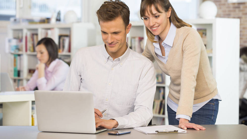 Foto: Por fin podrás escaquearte en la oficina. (iStock)