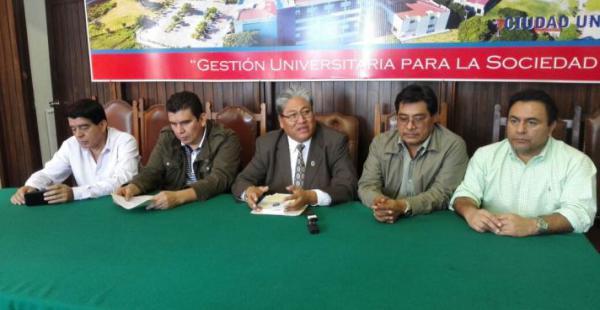 Las autoridades universitarias