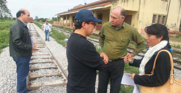 Representantes del municipio, el Gobierno y empresas interesadas recorren las rutas previstas