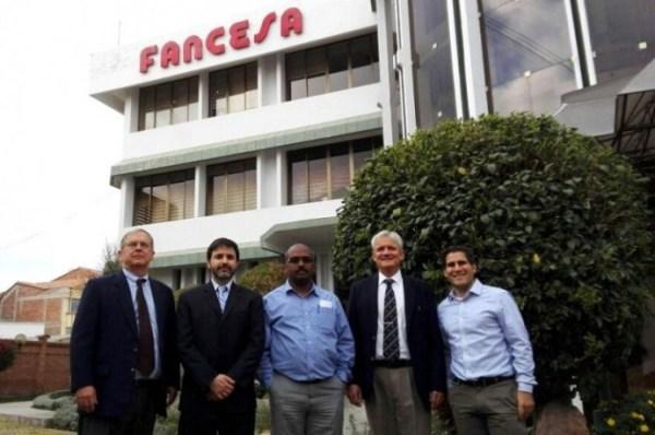 Los representantes de la empresa FL Smith, ganadora de la puja abierta de Fancesa. Foto: Enrique Quintanilla