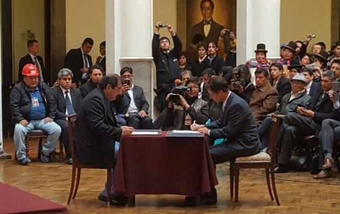 Evo deja al pueblo paceño la decisión de invertir $us 6 mil millones en El Bala