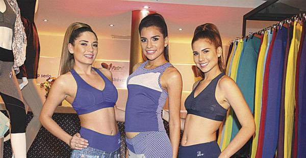 Nayeli Menacho, Rubiane Abdalla y Hanna Unzueta lucieron las prendas de la nueva colección de Patra