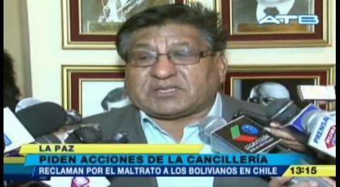 Parlamentarios reclaman por el maltrato a transportistas en la frontera con Chile