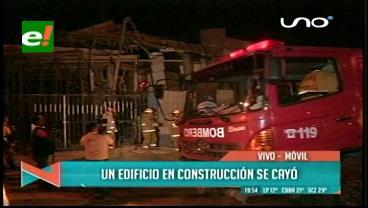 Construcción cae y deja a dos trabajadores heridos