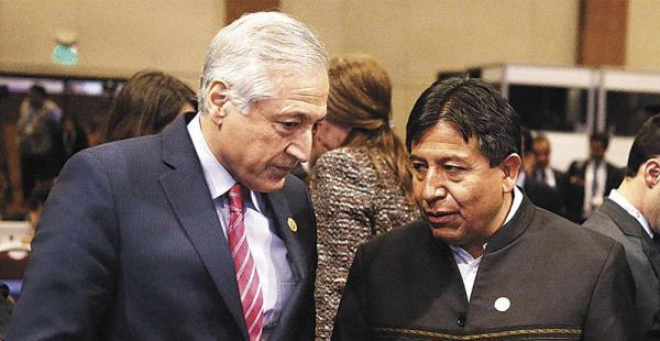 El canciller David Choquehuanca y el equipo de Gobierno analizan la conveniencia de reunirse con Heraldo Muñoz