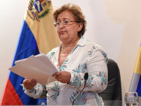 La titular del Consejo Nacional Electoral de Venezuela (CNE), Tibisay Lucena, habla durante una rueda de prensa en Caracas. Foto: AFP