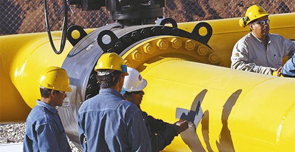 Argentina sigue comprando gas boliviano pero ve más opciones