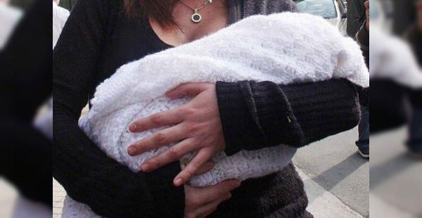 Imagen rerefencial. Una mujer robó una bebé para que su pareja crea que es su hija y no la deje