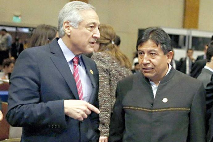 TENSIÓN. En la imagen, los cancilleres de Bolivia, David Choquehuanca, y de Chile, Heraldo Muñoz.