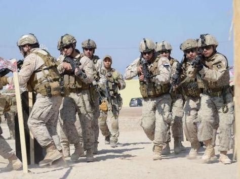 """Ejercicio militar combinado de Estados Unidos y Chile denominado """"Estrella Austral""""."""