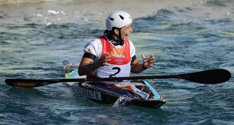 Maialen Chourraut festeja su medalla de oro.