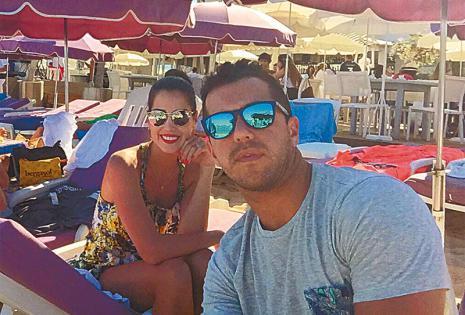 /uno de sus lugares favoritos. las playas de st. tropez, sin duda, fue uno de los mejores destinos para la pareja