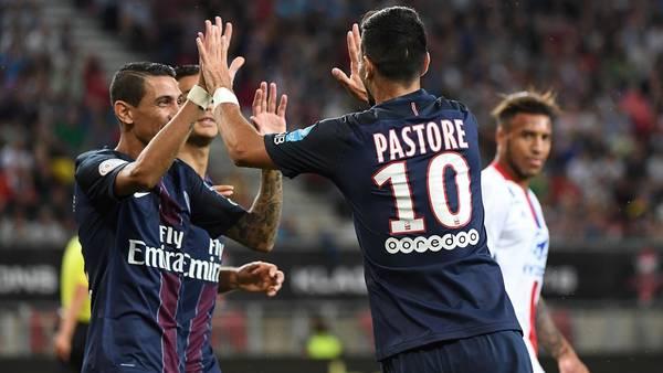 Di María y Pastore, de festejo, en el más reciente título del PSG: la Supercopa de Francia.