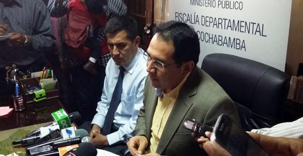 El fiscal general del Estado, Ramiro Guerrero, en conferencia de prensa en Cochabamba