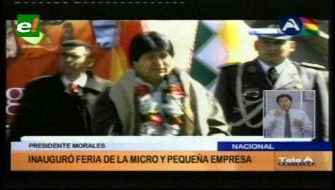 """Evo llama a consumir lo """"Hecho en Bolivia"""", al inaugurar feria de la Micro y Pequeña Empresas"""