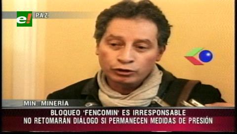 """Ministro Navarro: """"No habrá diálogo con los cooperativistas si sigue la presión"""""""