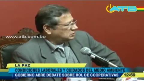 Gobierno pide debatir condiciones laborales de mineros cooperativistas