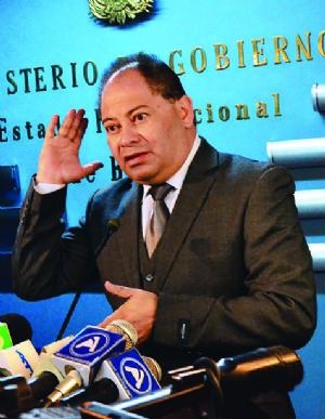 Romero denuncia guerra sucia de la oposición en caso Illanes