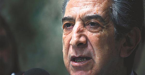 El diputado Tarud encarna la 'línea dura' de Chile hacia Bolivia
