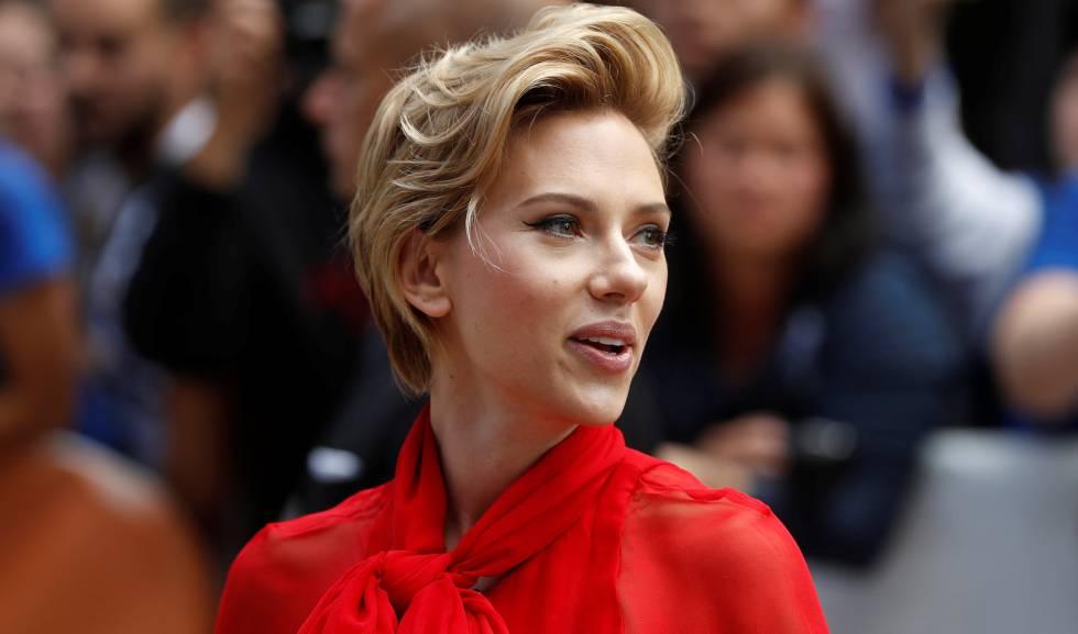 Scarlett Johansson, a su llegada al estreno de 'Sing' en Toronto.