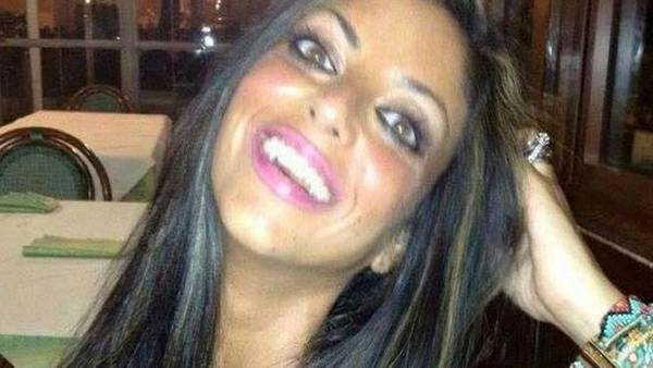 Tiziana Cantone. Se suicidó luego que la acosaran en la red por un video sexual publicado por su ex novio.