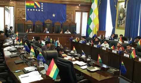 El pleno de la Cámara de Senadores en plena sesión. Foto: La Razón
