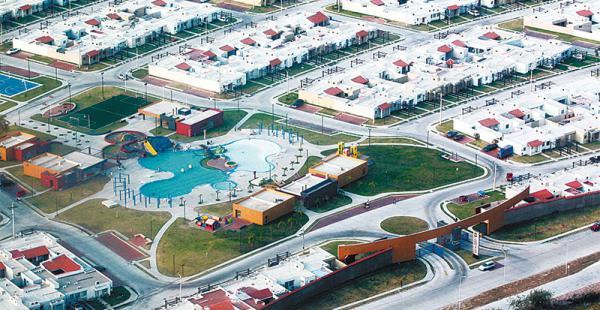 CRECIMIENTO URBANÍSTICO acelerado Los condominios y centros residenciales aumentan en Santa Cruz de la Sierra; la mayoría está fuera del cuarto anillo.