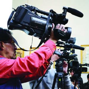 Los medios no desestabilizan al Gobierno, según encuesta