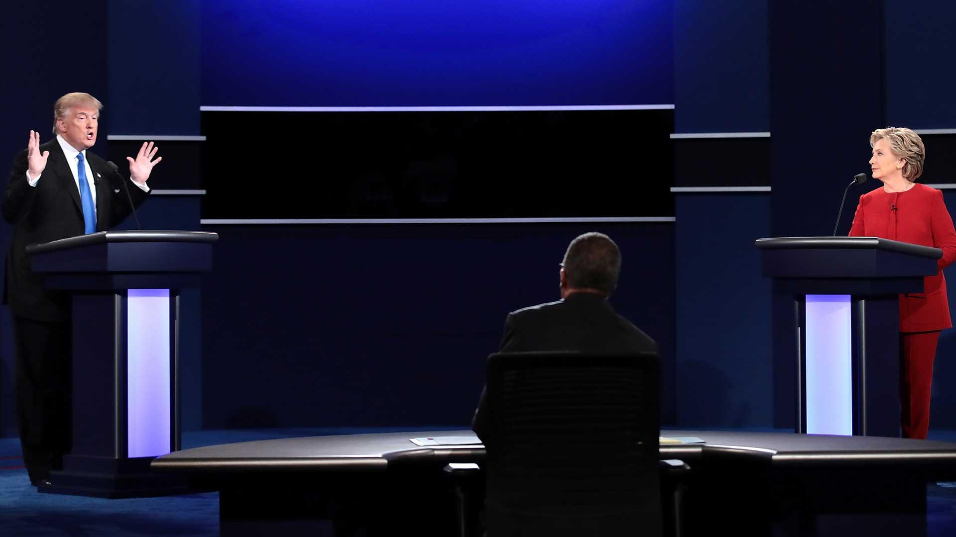 """(AFP) """"Voy a reducir las tasas desde el 35 hasta el 15 por ciento para las pequeñas empresas"""", dijo Trump"""
