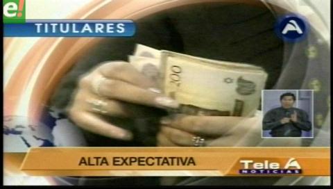 Titulares de TV: Esperan datos del INE para conocer si habrá o no el doble aguinaldo