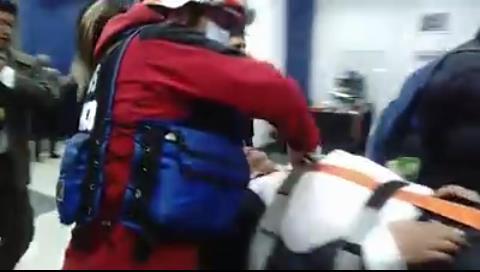 La Paz: Dueño de Katanas se desmaya en la Fiscalía y se suspende su declaración por presunta trata