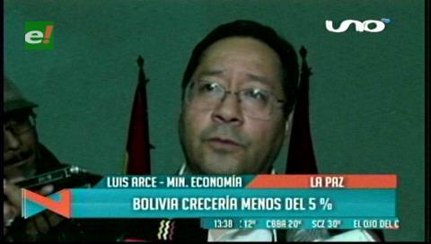 """Ministro Arce afirma que la economía crecerá """"algo menos del 5% este año"""""""