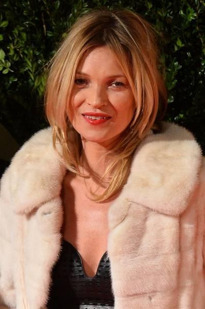 A sus cuatro décadas, Kate Moss no pierde vigencia.