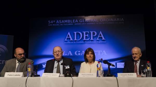 La ministra Bullrich, en un encuentro de Adepa en Tucumán, cuando presentó el