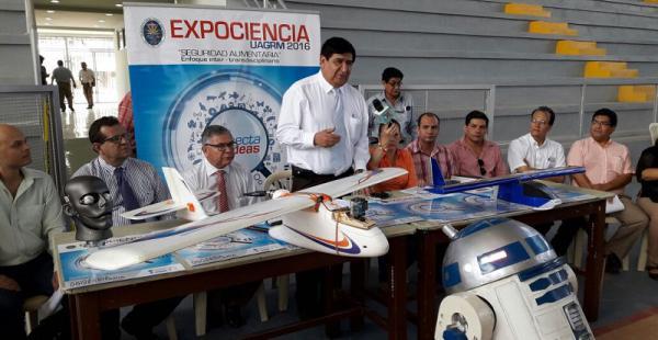 Universidad Autónoma Gabriel René Moreno prepara ambientes para la Expociencia 2016