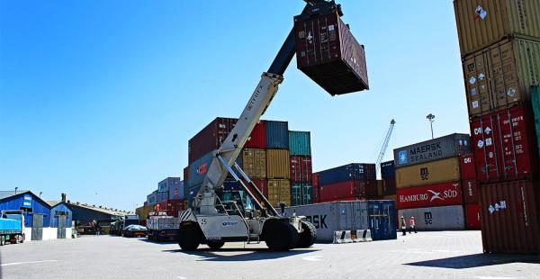 Chile denunció que Bolivia coloca 'sobreprecios' en los contenedores bolivianos en los puertos chilenos