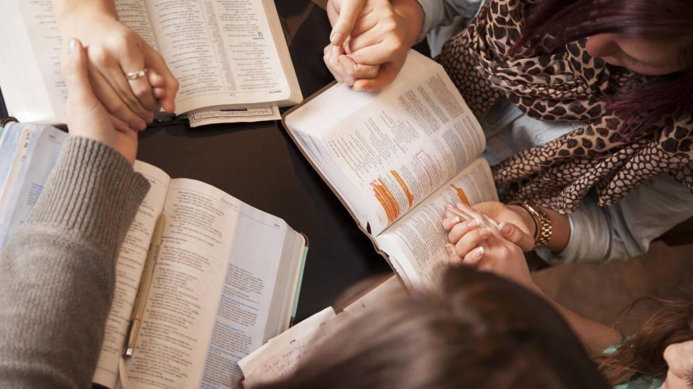 Foto: Los libros nos hacen mejores... ¿o no? (iStock)