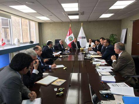 La reunión de alto nivel que sostuvieron autoridades bolivianas y peruanas en Lima por el tren bioceánico.