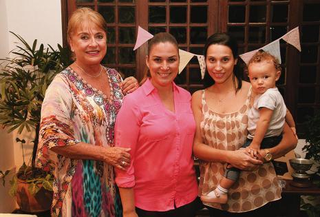 Rosa María Justiniano, Daniela Roca, Carole Ferra y Julieta Justiniano